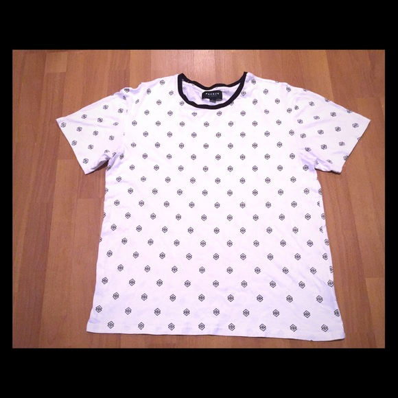 Men's Black and white geometric shape shirt